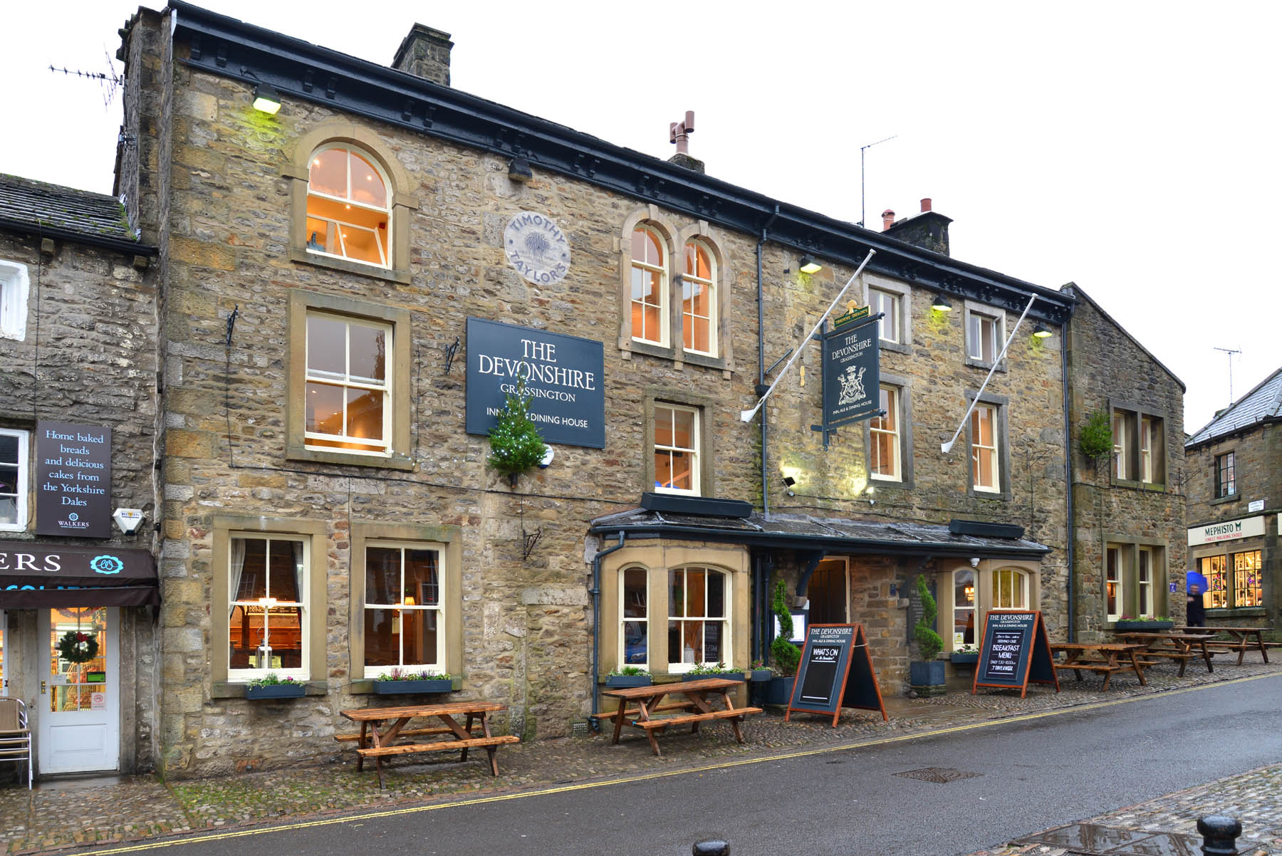 Keybury-CCTV-Partnership-Devonshire-Inn-Grassington-Taylors-Security